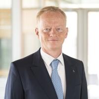 دکتر برند کونزه ، مدیر عامل شرکت Reifenhäuser Reicofil